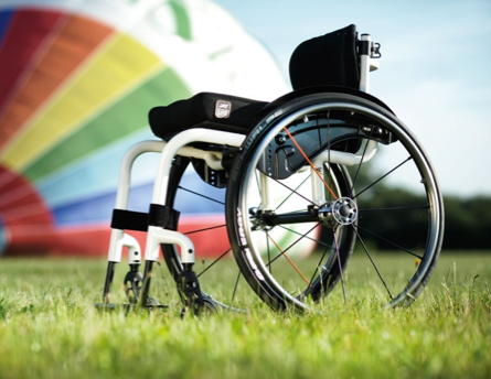 silla de ruedas sin accesorios